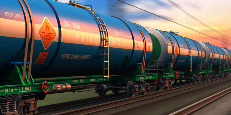 The Pros and Cons of Oil Transportation - Oil Field Factoring
